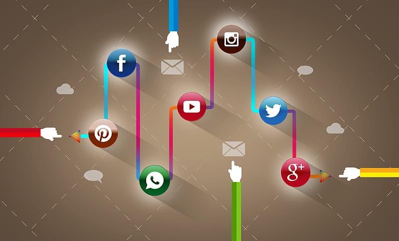 Posting On Social Media - Social Networks - Concept - Pikrepo